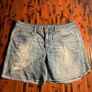 American Eagle Outfitters shorts size 12